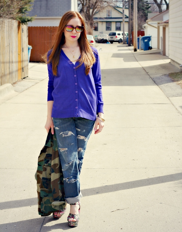 sunglasses, cardigan, distressed boyfriend jeans | Knocked Up Fabulous