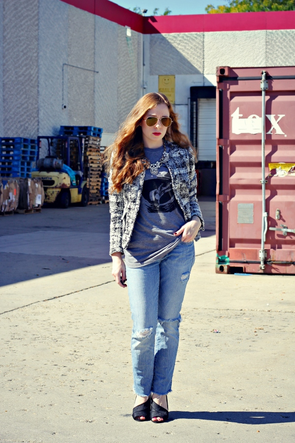 boucle tweed jacket, skip n' whistle t-shirt, distressed jeans, diy, accessory mercado, statement necklace